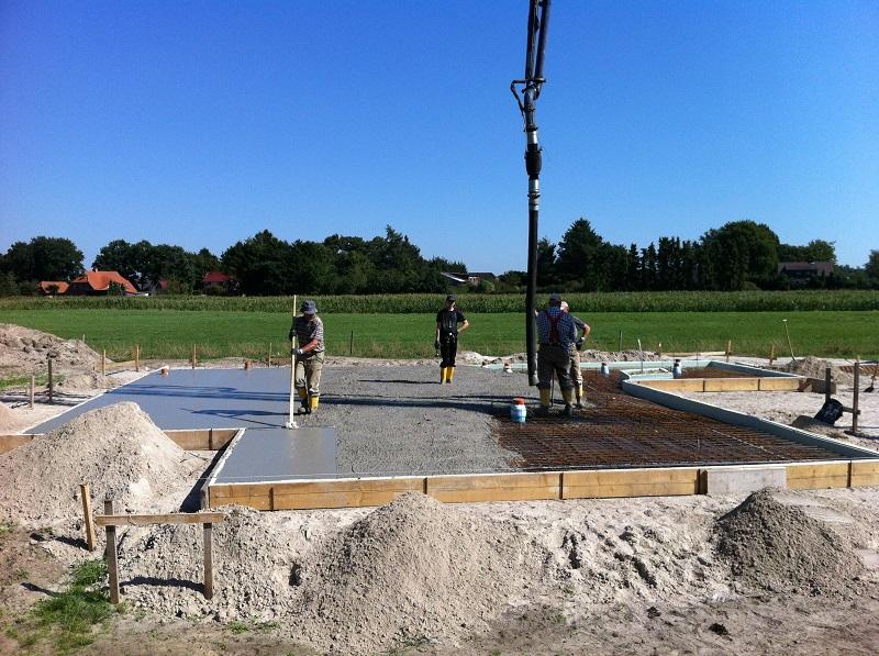 bodenplatte_betonieren.jpg
